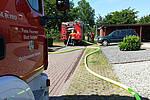 Feuerwehren werden zu brennendem Gartenhaus in der Weststadt gerufen