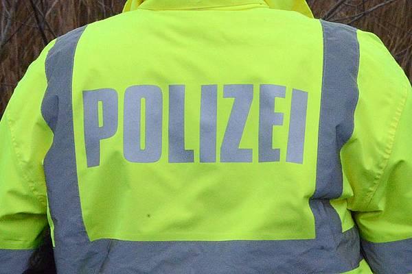 Zeugen gesucht: 15-jähriger Schüler wird bei Fahrradunfall leicht verletzt
