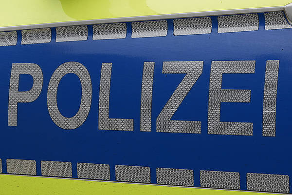 Rund 30.000 Euro Schaden: Anhänger samt Bagger werden in Otze gestohlen